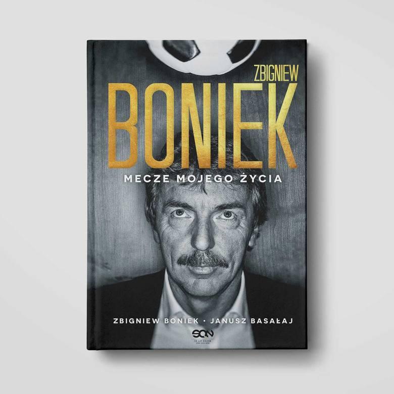 Sportowa półka. Zbigniew Boniek wraca do pięknych chwil na boisku. I do trudnych też [SPORTOWA PÓŁKA]