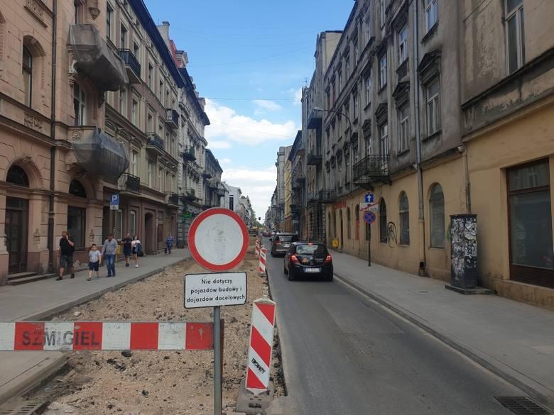 Kolejne ulice w centrum miasta zostały zamknięte dla ruchu z powodu remontów. Kierowcy nie pojadą  ul. Rewolucji 1905 r. (od ul. Piotrkowskiej do Wschodniej