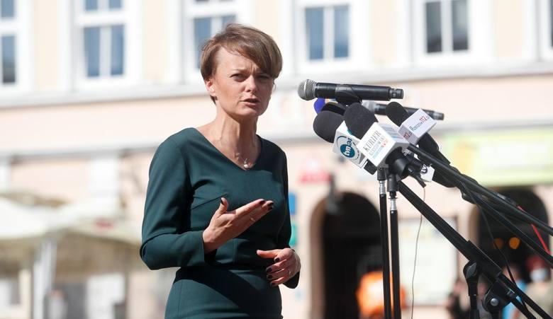 Rekonstrukcja rządu. Adamczyk i Emilewicz poza Radą Ministrów?
