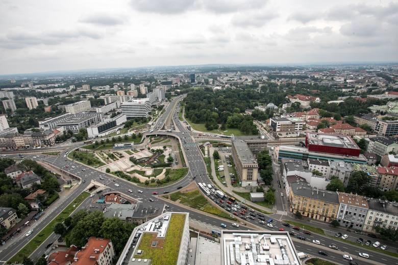 W ramach Funduszu Odbudowy i  innych środków unijnych Polska ma otrzymać ponad 776 mld zł. W Krakowie pieniądze te będą mogły być przeznaczone m.in.