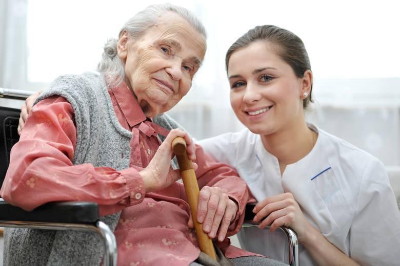 Dodatek pielęgnacyjnyNajwięcej seniorów dostaje dodatek pielęgnacyjny. A wszystko dlatego, że osobom po 75. roku życia jest on przyznawany z urzędu.