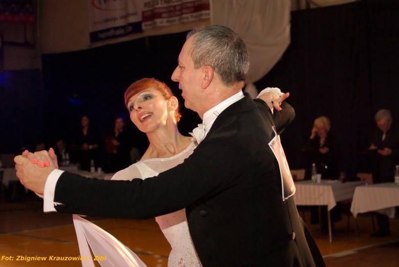Nowy Targ: 400 nóg tańczyło na nowotarskim parkiecie [ZDJĘCIA]