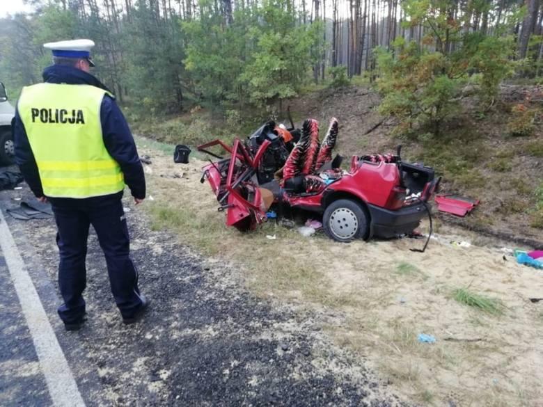 Na drogach w Łódzkiem wypadków coraz mniej, ale ginie coraz więcej osób. Policja podsumowała rok 2019