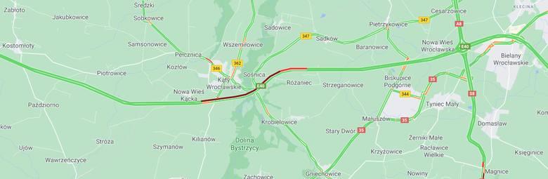 Wypadek trzech ciężarówek na A4 pod Wrocławiem. Duże utrudnienia [ZDJĘCIA]