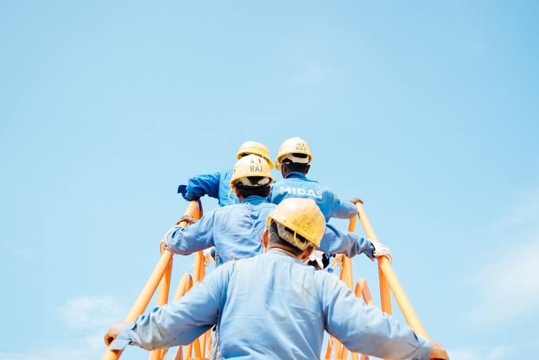 Najbardziej oblegani pracownicy nie muszą na własną rękę poszukiwać zatrudnienia, pracodawcy sami przychodzą do nich z propozycjami. Eksperci firmy Antal