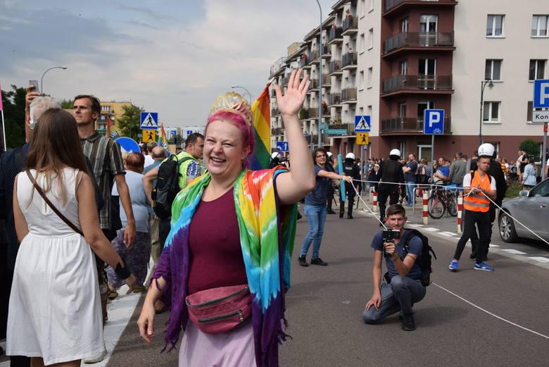 Tęczowa aktywistka Małgorzata Linkiewicz: Polacy paradoksalnie dużo mówią o wolności, ale nie chcą jej dać drugiej osobie (ZDJĘCIA)