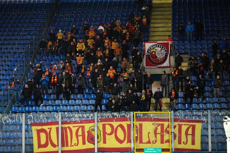 Na mecz z Wisłą Kraków (sobota) wybrało się 241 sympatyków Jagiellonii Białystok. Wśród nich było 25 BKKN - Białostockiego Klubu Kibiców Niepełnosprawnych.