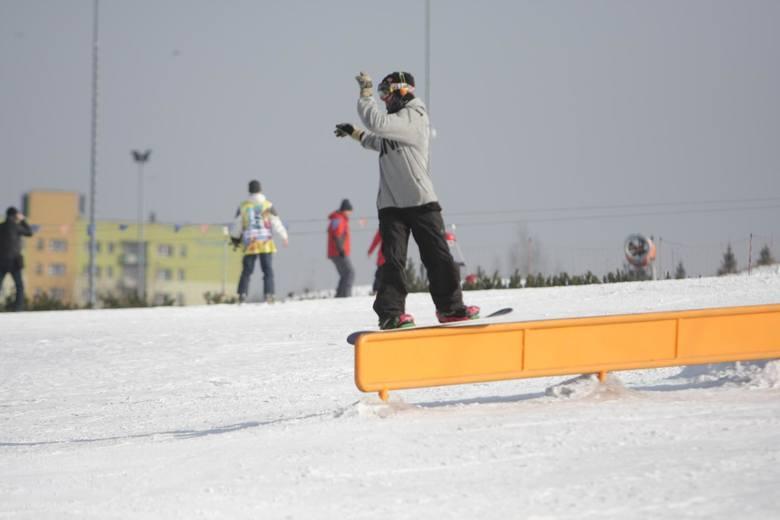 Od 28 grudnia aż do końca ferii zimowych - czyli do 17 stycznia - będą zamknięte wszystkie wyciągi narciarskie. Ministerstwo nie dopuszcza nawet możliwości