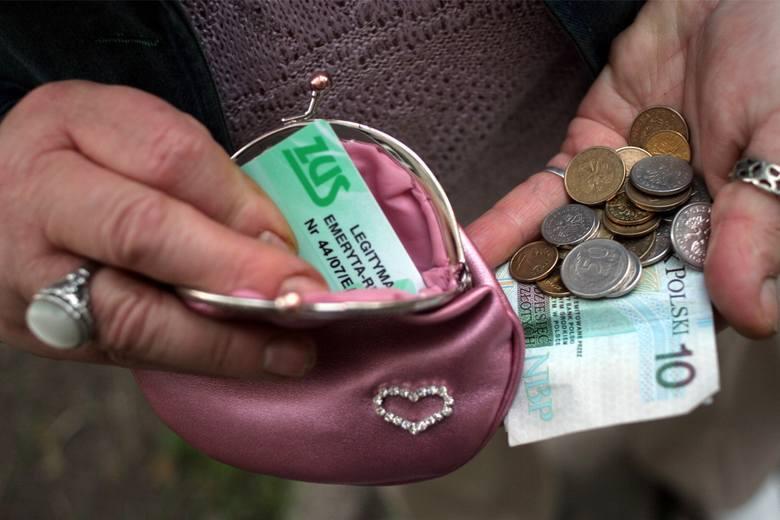Oto trzy najniższe emerytury na terenie obsługiwanym przez bydgoski oddział ZUS:* 0,54 zł brutto - to emerytura kobiety, która przeszła na emeryturę