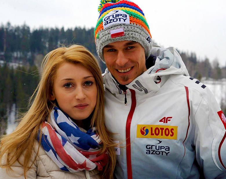 Justyna (z domu Lazar; siostra cioteczna Adama Małysza) i Piotr Żyłowie byli małżeństwem od września 2006 roku do listopada 2018 roku. Mają syna Jakuba