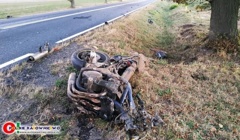 Ze wstępnych ustaleń to nadmierna prędkość była przyczyną tragicznego wypadku motocyklisty na drodze krajowej nr 45 w Jasieniu (w powiecie kluczborskim).