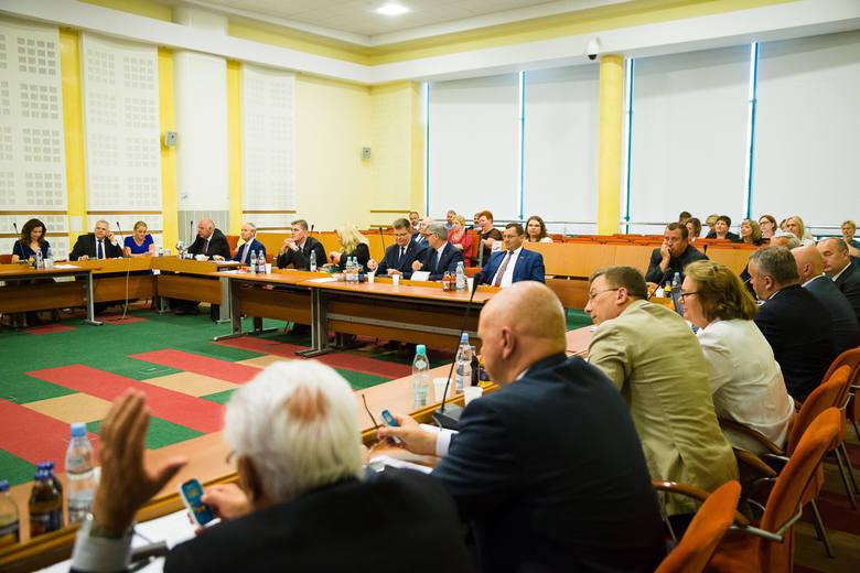 Wyniki wyborów samorządowych 2018 do sejmiku woj. podlaskiego wyniki exit poll