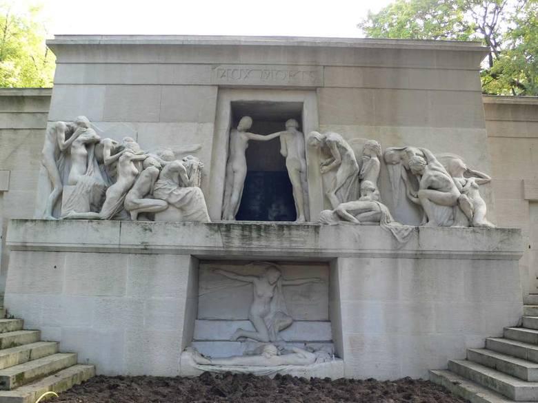 Cmentarz Père-Lachaise w Paryżu, Pomnik umarłym, Alberta Bartholomé'a