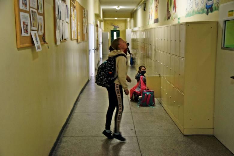 Powrót uczniów do szkół. Zespół Szkół Ogólnokształcących i Sportowych w Zielonej Górze