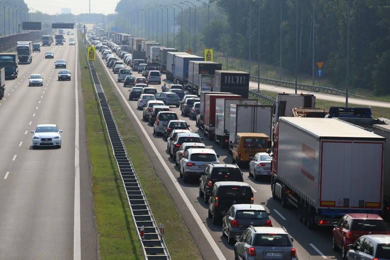 Dziś rozpoczyna się właściwa część remontu autostrady A4 na odcinku 19 kilometrów, pomiędzy węzłem Brzezimierz (zjazd na Oławę i Strzelin) a granicą