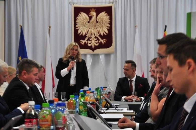 Zmiana władzy w Tykocinie. Radni też ślubowali (zdjęcia)