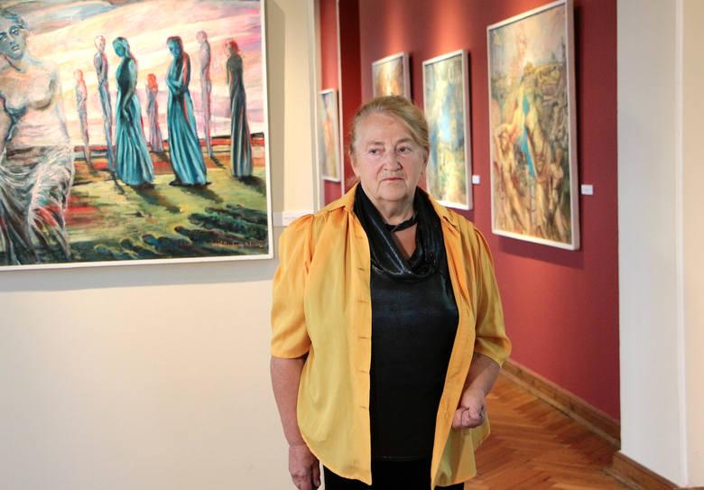 W piątkowy wieczór w muzeum w Grudziądzu otwarto wystawę obrazów Marii Wollenberg-Kluzy, która w swojej twórczości  nawiązuje do tematyki sakralnej,