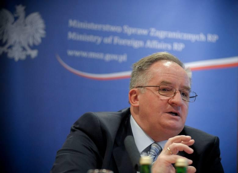 Jacek Saryusz - Wolski, deputowany z Łodzi, startuje z Warszawy i takie też miejsce zamieszkania wpisano mu w PKW.