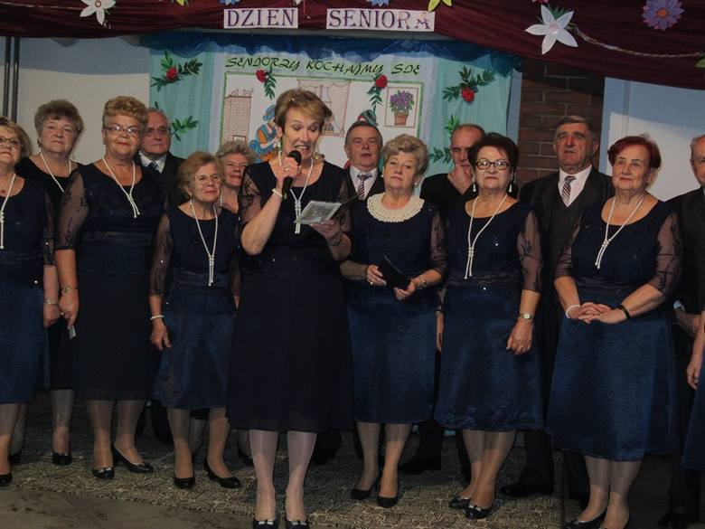 Uroczysty dzień seniora klubu Ustronie w Skierniewicach [ZDJĘCIA]