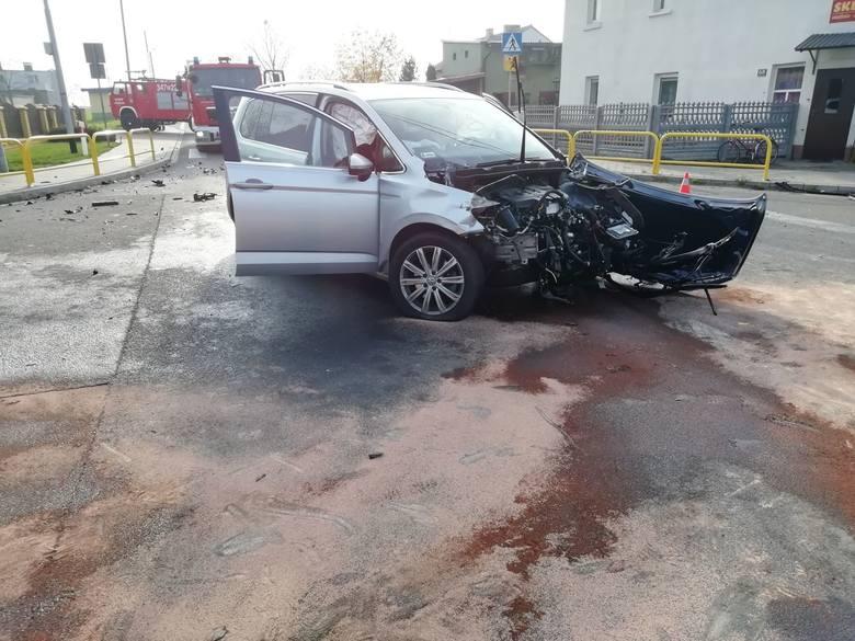 W czwartek, 8 listopada przed południem doszło do wypadku w Jankowie Pierwszym pod Kaliszem. Na skrzyżowaniu dróg kobieta kierująca osobowym volkswagenem