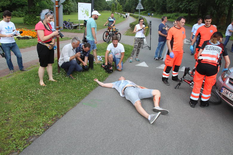 Wypadek z udziałem rowerzysty w Katowicach SYMULACJA