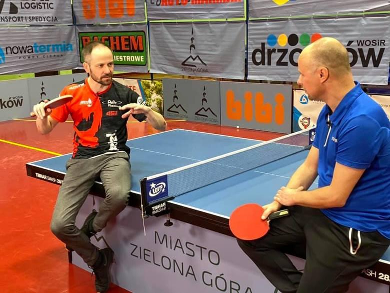 Piotr Protasiewicz, Lucjan Błaszczyk i Maciej Murawski – znani nie tylko w Polsce zielonogórscy sportowcy spotkali się i zagrali… w tenisa stołowego.