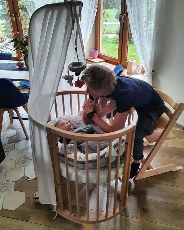 Dawid Kubacki uwielbia swoją małą córeczkę ZuzannęZobacz kolejne zdjęcia. Przesuwaj zdjęcia w prawo - naciśnij strzałkę lub przycisk NASTĘPNE