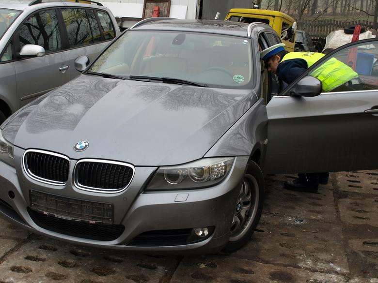 Policjanci z Sulęcina odzyskali volkswagena touran i bmw, które zostały skradzione w Niemczech.