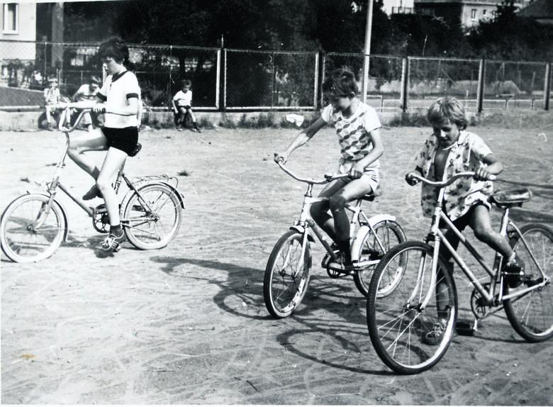 Na osiedlu organizowane były kursy na kartę rowerową i - obowiązkowo - rowerowe zawody!