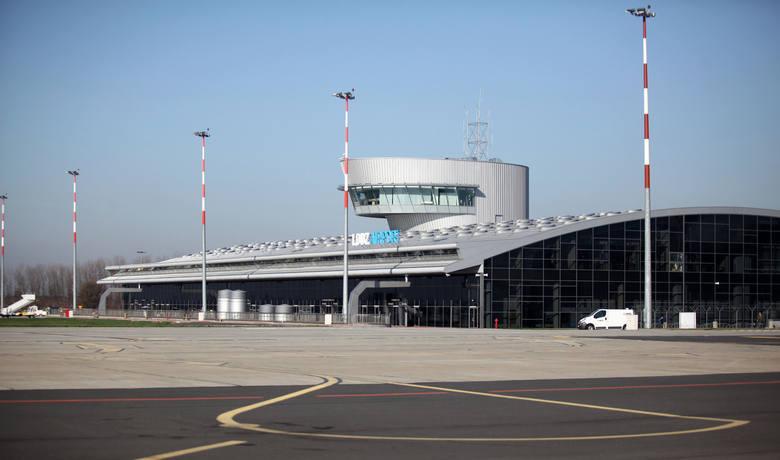 Łódzkie lotnisko powoli wychodzi na prostą. Spadek liczby pasażerów coraz mniejszy