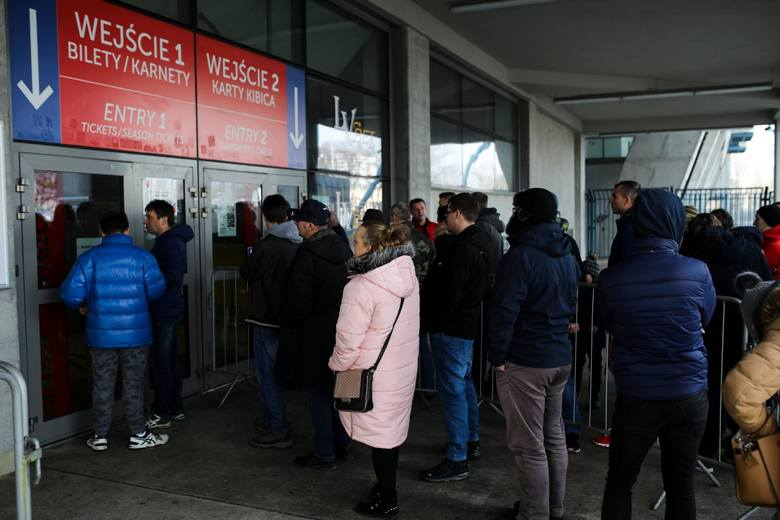 03.02.2019 krakow, stadion wisly, sprzedaz karnetow na mecze, wisla krakow, nz fot. andrzej banas / polska press