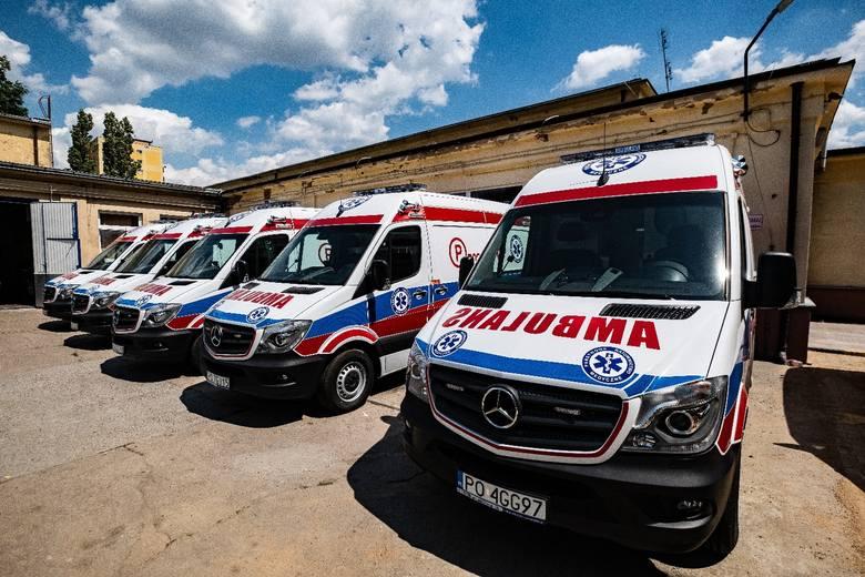 Pięć nowych samochodów trafiło w tym tygodniu do Wojewódzkiej Stacji Pogotowia Ratunkowego w Poznaniu. Trzy z nich będą stacjonować w podstacjach na