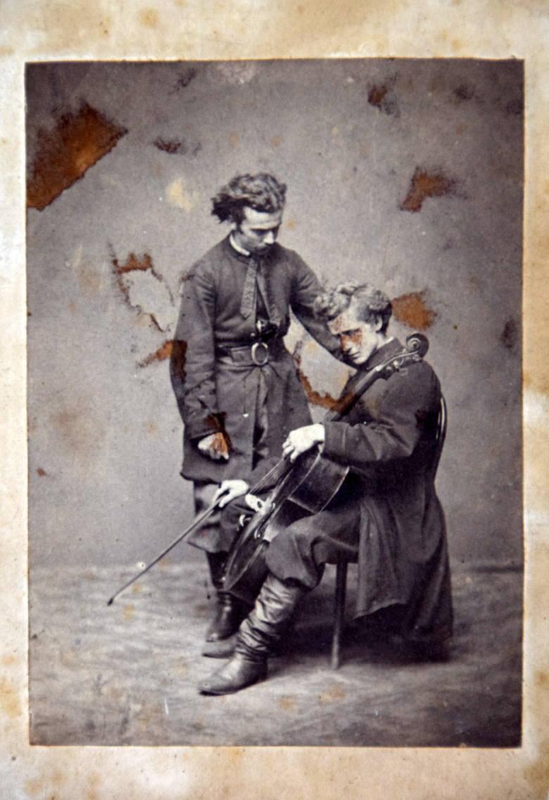 """""""Józef i Ludwik Bogaccy. Bracia mojej Matki"""" - podpis na odwrocie."""