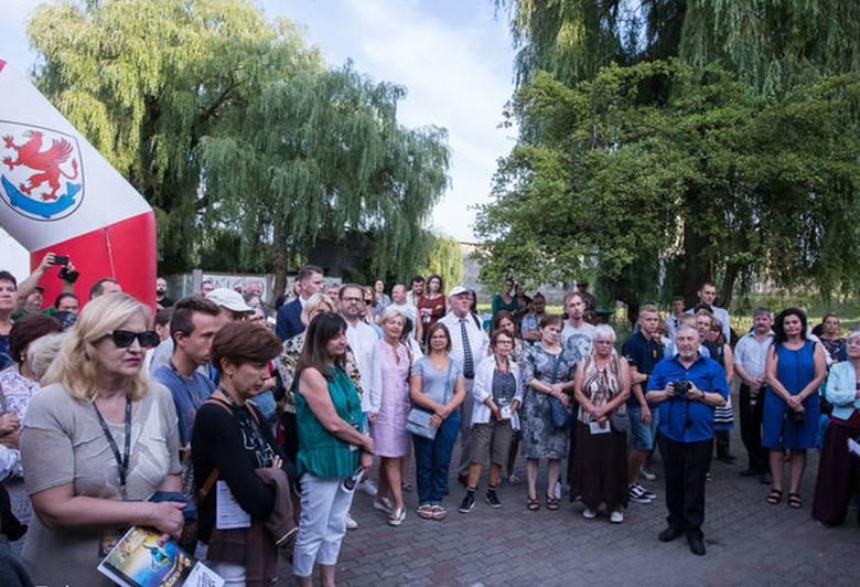 Ińskie Lato Filmowe każdego roku ściąga do Ińska miłośników kina. Organizatorami są Stowarzyszenie Ińskie Lato Filmowe oraz Urząd Gminy i Miasta w I