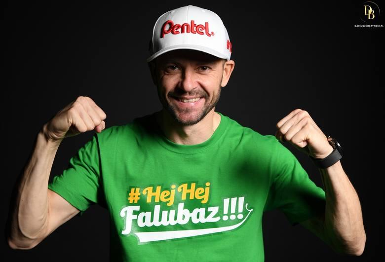 - Jestem ambitnym gościem i cały czas chciałbym jeździć na wysokim poziomie i zdobywać medale - mówi Piotr Protasiewicz, żużlowiec Falubazu Zielona Góra.