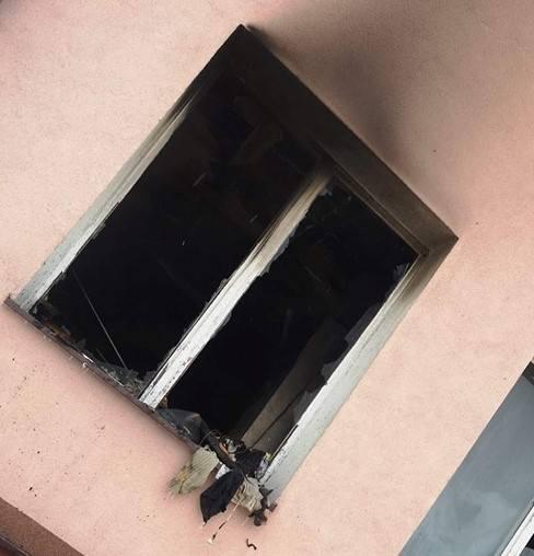 Pożar wybuchł w mieszkaniu na parterze domu przy ul. Ogrodowej w Nowym Mieście nad Pilicą.