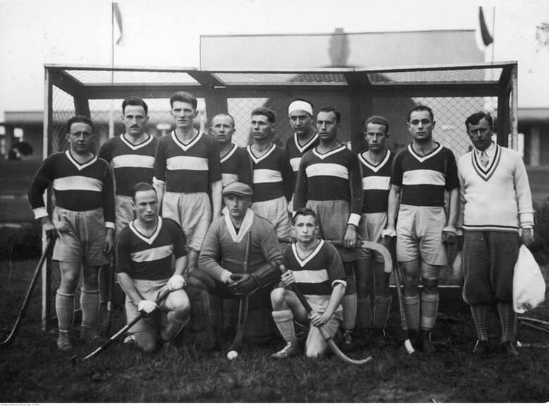 Pierwsze Mistrzostwa Polski w Hokeju na Trawie odbyły się w 1927 roku na terenie targów. Dwa lata później, podczas Powszechnej Wystawy Krajowej – PeWuKi