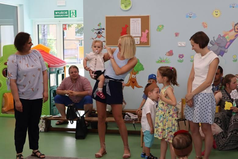 To był pierwszy piknik rodzinny w otwartym w maju gminnym żłobku Wesołe Misie.Placówka Wesołe Misie w Wołczynie rozpoczęła pracę 6 maja. Wcześniej w