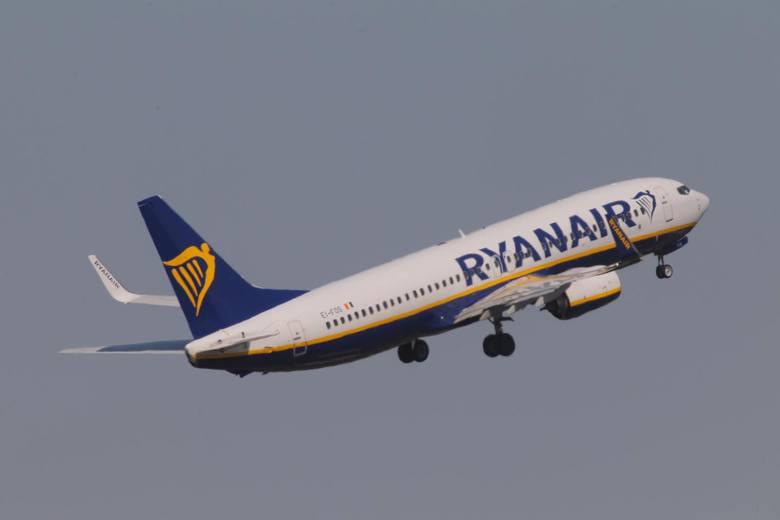– Jesteśmy przekonani, że nasza nowa polityka przyspieszy czas wchodzenia pasażerów na pokład i zredukuje liczbę opóźnień lotów. Zmiany nie dotkną 60