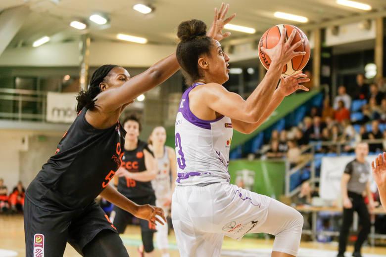 W Lubinie trwa finałowy turniej Suzuki Pucharu Polski kobiet. Niestety, już bez koszykarek Artego Bydgoszcz, które zagrały tu tylko jeden mecz.W drugim