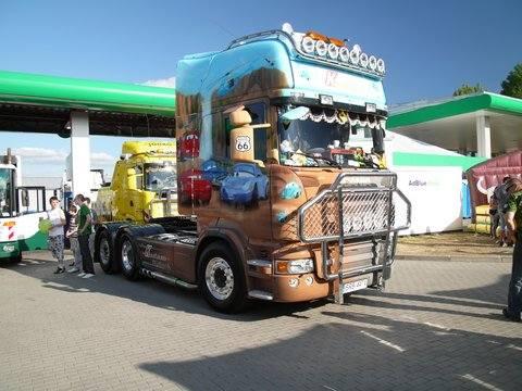 Zlot ciężarówek w Deszcznie