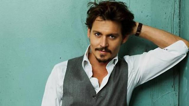 Właściwie John Christopher Depp II – amerykański aktor filmowy i reżyser. Trzykrotnie nominowany do Oscara. Mimo 53 lat na karku wciąż czaruje kobiety