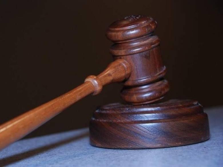 Według planów Ministerstwa Sprawiedliwości elektroniczne protokoły w sprawach cywilnych do 2013 roku mają wyprzeć tradycyjne papierowe akta. Będzie to