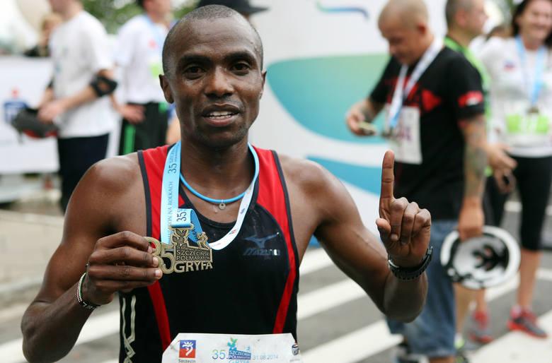 Joel Maina Mwangi - zwycięzca tegorocznego Półmaratonu Gryfa i zarazem jego nowy rekordzista.
