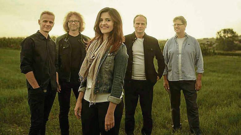 Grupa pod nazwą New LIfe'm była pionierem muzyki chrześcijańskiej na polskiej scenie