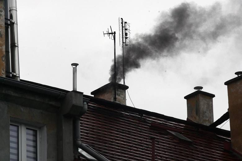 """Skąd bierze się smog w Opolu? """"To przede wszystkim zanieczyszczenia spoza miasta"""""""