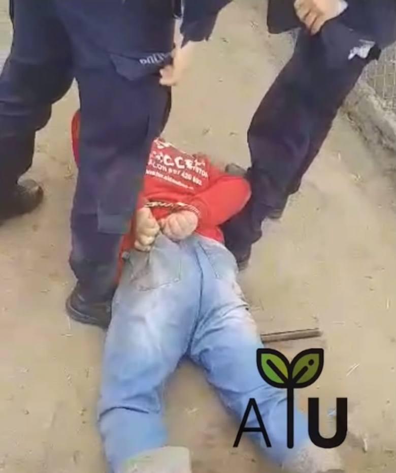 Rolnicy Podlasie. Gienek zatrzymany siłą przez policję w Plutyczach. Agrounia będzie interweniować