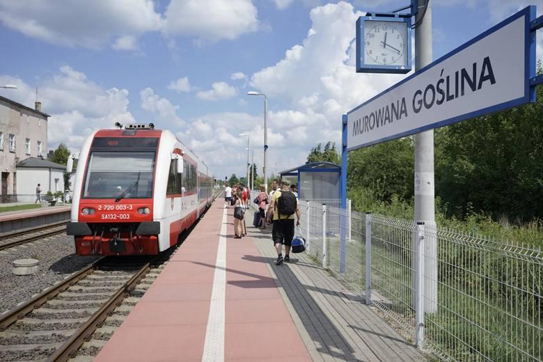Zatłoczone pociągi w godzinach szczytu, stare składy i brak klimatyzacji w niektórych pojazdach – tak jeden z naszych czytelników opisuje podróż Kolejami Wielkopolskimi między Poznaniem a Wągrowcem.
