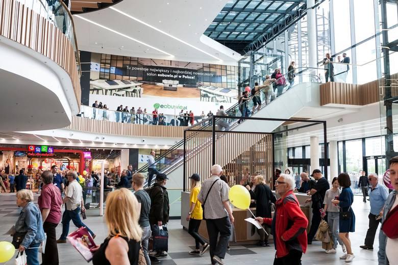 Największym projektem oddanym do użytku w 2019 r. była Galeria Młociny w Warszawie – aż 78,5 tys. mkw. Jednak to w miastach poniżej 100 tys. mieszkańców