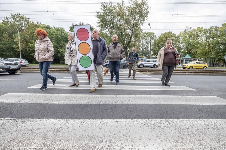 Mieszkańcy Grunwaldu od lat walczą o sygnalizację świetlną przy skrzyżowaniu ulic Grunwaldzkiej i Marszałkowskiej.
